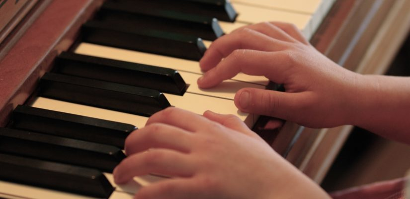 Classical Kids Piano And Winds The Childrens Hour